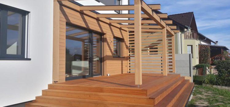 Podíleli jsme se na vytvoření této luxusní terasy.