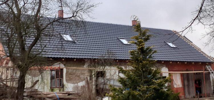 Krovy a pokrytí střechy ve Smrčku, okres Chrudim